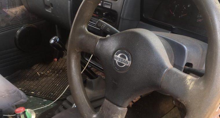 Nissan Hardbody & Mercedes ML320