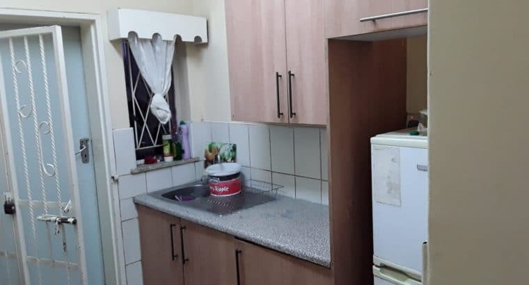 Waterfalls Prospect – 3 Bed flat for rent