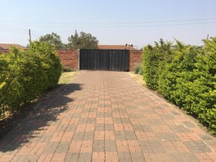 Bluff Hill – 3 Bed for rent