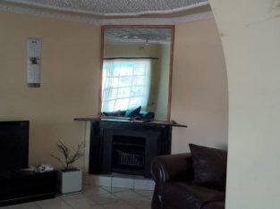 HOUSE FOR SALE ZIMRE PARK