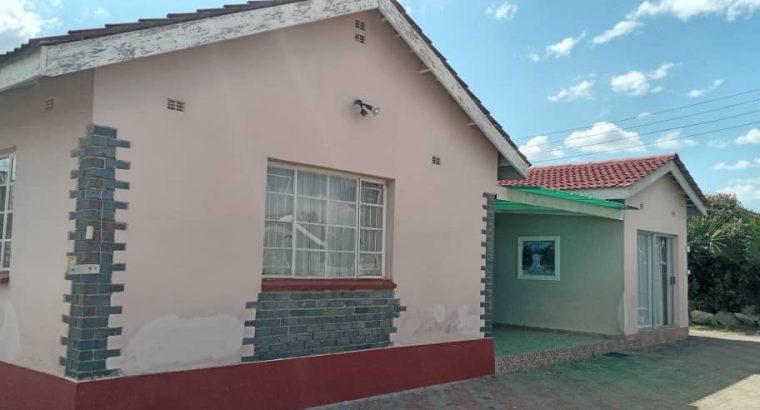 ZIMRE PARK HOUSE FOR SALE